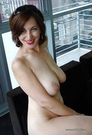 фото волосатых голых женщин